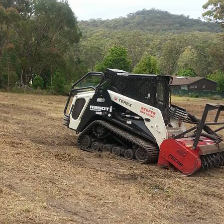 Fence Line Clearing Bateau Bay, Green Waste Management Gosford, Mulch & Chip Sales Newcastle, Tree Surgery Tuggerah, Excavations Woy Woy, Mulch & Chip Sales Central Coast