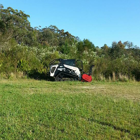 Land Clearing Gosford, Under Scrubbing Newcastle, Woodchipping Tuggerah, Stump Grinding Woy Woy, Tree Surgery Bateau Bay, Mulching Central Coast